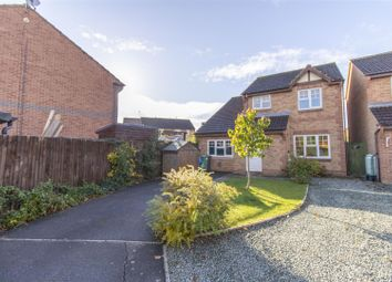 Kestrel Gardens, Quedgeley, Gloucester GL2. 3 bed detached house for sale