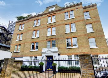 Thumbnail 2 bed flat for sale in Gunthorpe Street, London