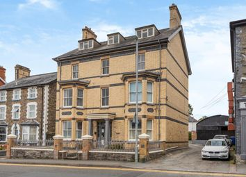 1 bed flat for sale in Llandrindod Wells, Powys LD1