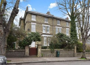 Thumbnail 2 bed flat for sale in Lyndhurst Road, Hampstead