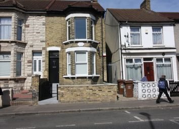 Thumbnail 1 bed flat to rent in Luton Road, Chatham