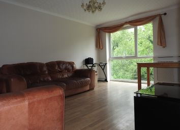 Thumbnail 2 bed flat to rent in Trootwood, Chigwell