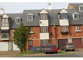 Thumbnail 2 bed flat to rent in Jetty Walk, Grays