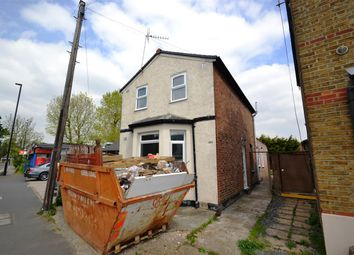 Thumbnail Detached house to rent in Faggs Road, Feltham
