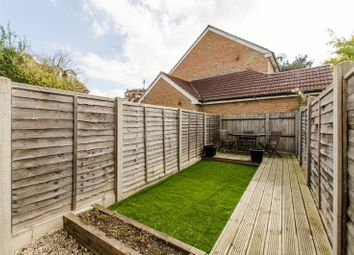 Thumbnail 2 bed flat for sale in Walnut Tree Avenue, Mitcham
