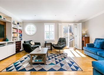 3 bed mews house for sale in Bromells Road, London SW4