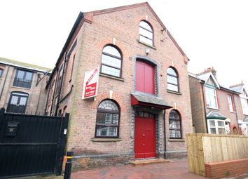 Thumbnail 1 bed flat to rent in Phoenix Business Centre, Higham Road, Chesham