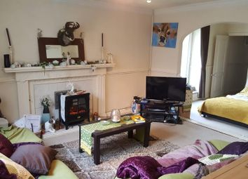 Thumbnail 1 bedroom flat to rent in Cross Street, Redruth
