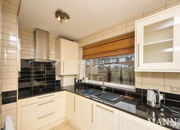 Thumbnail 4 bed property to rent in Elsa Road, Welling