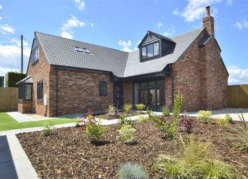 Bristol Road, Frampton Cotterell, Bristol, Gloucestershire BS36. 5 bed detached house