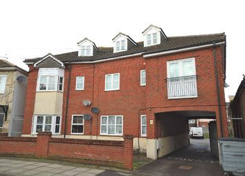 Thumbnail 2 bed flat to rent in Magdalen Road, Portsmouth