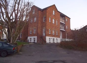 Thumbnail Studio to rent in Luton House, North Square, Newport Pagnell, Bucks