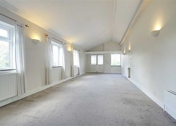 Thumbnail 3 bed maisonette to rent in Sevens Close, High Street, Berkhamsted