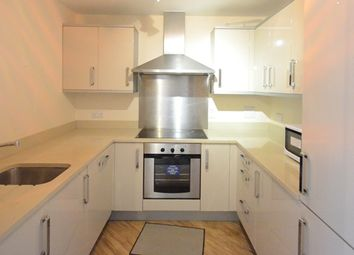 Thumbnail 2 bed flat to rent in Kennet Street, Reading