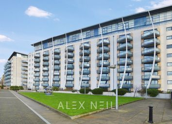 Thumbnail 2 bed flat to rent in Newton Place, London
