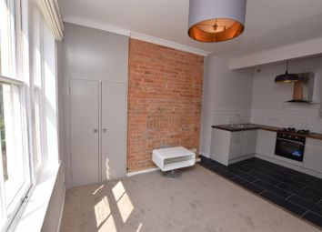 Thumbnail 1 bed flat to rent in Calthorpe Road, Banbury