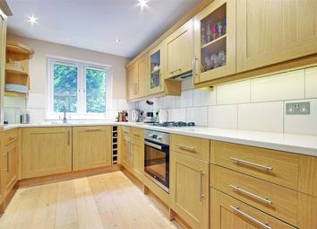 Thumbnail 4 bed terraced house for sale in Highlands Close, Stroud Green, London