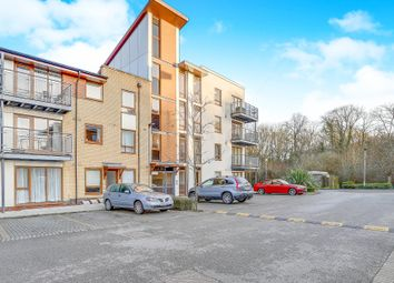 Thumbnail 2 bed flat for sale in Commonwealth Drive, Three Bridges, Crawley