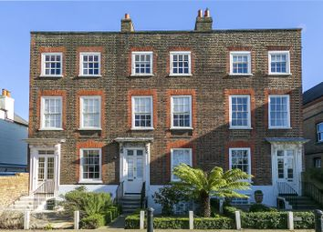 Kew Foot Road, Richmond TW9. 3 bed property for sale
