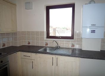 Thumbnail 2 bedroom flat to rent in Cornwall Road, Portsmouth
