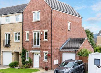 Thumbnail 3 bed town house for sale in St. Martins Field, Leeds