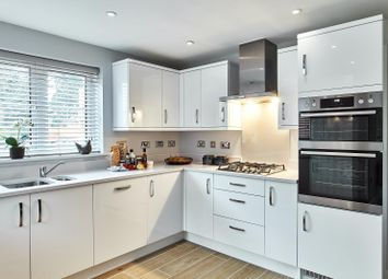3 bed terraced house for sale in Old Forest Road, Winnersh, Wokingham RG41