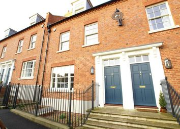 Thumbnail 3 bed terraced house to rent in Great North Road, Brookmans Park, Hatfield