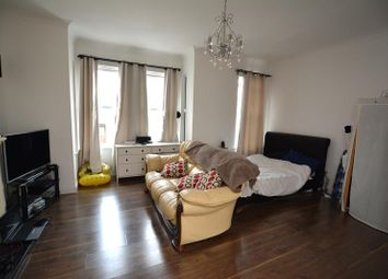 Thumbnail 1 bed property for sale in Heygate Avenue, Southend-On-Sea
