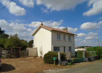 Thumbnail 3 bed detached house for sale in Ruffec, Confolens, Charente, Poitou-Charentes, France