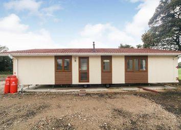 2 bed mobile/park home for sale in Hillcrest Caravan Site, Manor Road, Woodside, Luton LU1