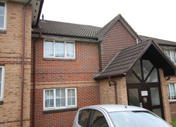 Thumbnail 1 bed flat to rent in Waverley Road, Enfield, Middx