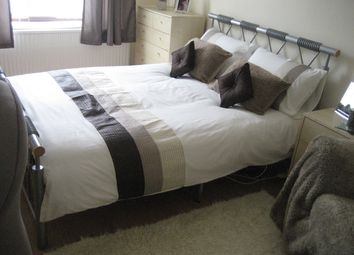 Thumbnail 5 bedroom semi-detached house to rent in Leeshall Cresent, Fallowfield, Manchester