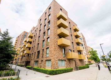 Thumbnail 3 bed flat to rent in Nelson Walk, London