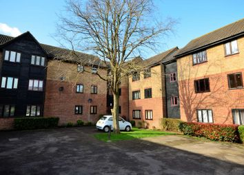 1 bed flat for sale in Copperfields, Laindon, Basildon SS15