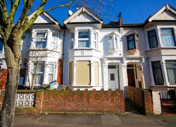Thumbnail Flat for sale in Cromer Road, London