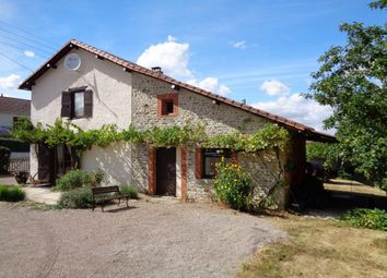 Thumbnail 2 bed property for sale in Poitou-Charentes, Vienne, Chatain