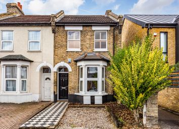 Thumbnail 1 bed flat for sale in Walpole Road, South Woodford
