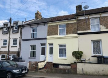 2 bed property to rent in Clarendon Street, Dover CT17