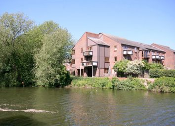 Thumbnail 2 bed flat to rent in Rivercourt, Trinity Street, Oxford