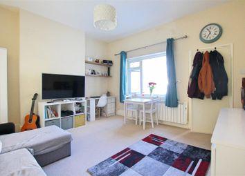 Studio to rent in Lushington Road, Eastbourne BN21