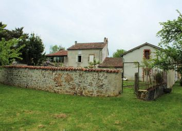 Thumbnail 4 bed property for sale in Poitou-Charentes, Charente, Abzac