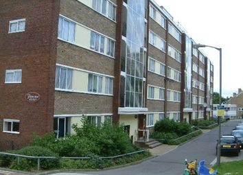Thumbnail 5 bed flat to rent in Tildesley Road, London