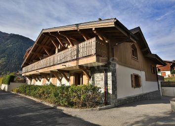 Thumbnail 3 bed apartment for sale in Chamonix-Mont-Blanc, Chamonix-Mont-Blanc, France