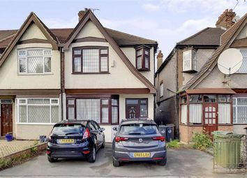 3 bed property for sale in Hall Lane, London E4