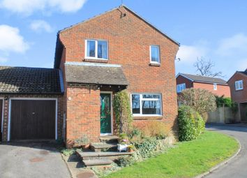 Thumbnail 3 bed link-detached house for sale in Mallard Close, Bishops Waltham, Southampton