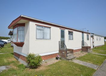 Thumbnail 2 bed mobile/park home for sale in Meadowview Park, St. Osyth Road, Little Clacton