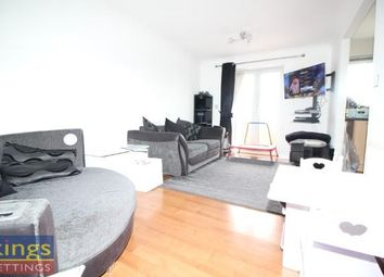 Thumbnail Flat to rent in Paul Close, Cheshunt