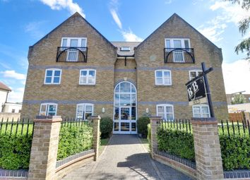 Meadow Road, Benfleet SS7. 2 bed flat
