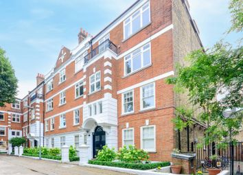 Thumbnail 3 bed flat to rent in Colehill Gardens, Fulham