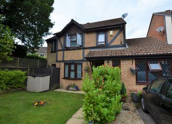 Shire Close, Bagshot GU19. Studio to rent          Just added